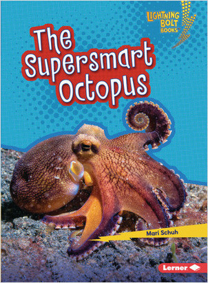 Cover: Lightning Bolt Books ™ — Supersmart Animals — Library Bound Set