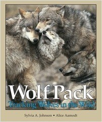 Cover: Wolf Pack: Tracking Wolves in the Wild
